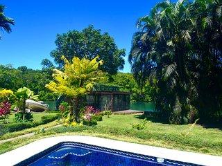 Riverbend Retreat, Luxury Riverside Villa