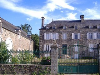 8 Bedroom Stone Farmhouse in village location
