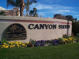 Canyon Shores Beauty, Cathedral City