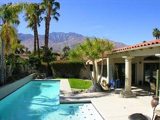 San Joaquin Getaway, Palm Springs