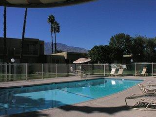 Villa De Las Flores, Palm Springs