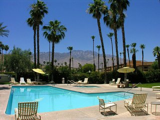 Esprit Delight, Palm Springs