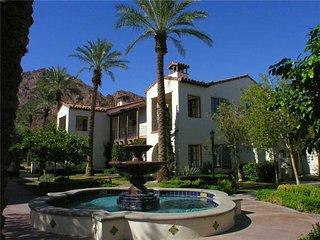 Legacy Villas Hideaway * LQ Resort