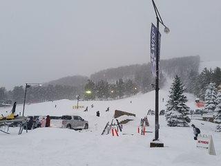 Lakewood 3Br 3 Ba Ski / 5 min to Wisp, McHenry