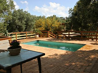 Lovely Stone Villa with Pool, Castrignano del Capo
