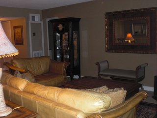 Fully Furnished Corporate Condos All Bills Paid Including Wi-fi & Cable