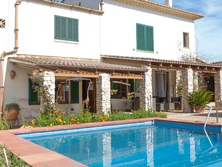 CAN RIUS - Villa for 8 people in Muro