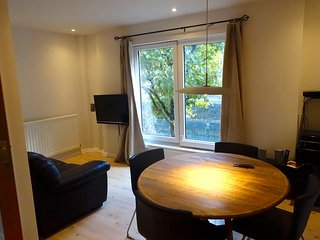 Three bedroom,three story house in old London dock, Wapping