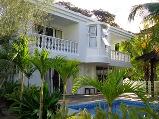 Deluxe two bedroom private villa with plunge pool, Beau Vallon