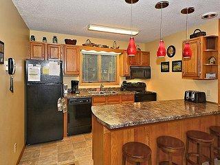 Updated 2 bedroom condominium located in the heart of ski country, Davis, WV