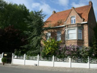 Visit Bruges and stay at the country, Jabbeke