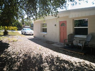 AVAILABLE  JANUARY 2016 ONLY  One Bedroom Duplex--1/2 mile from Beach, Nokomis
