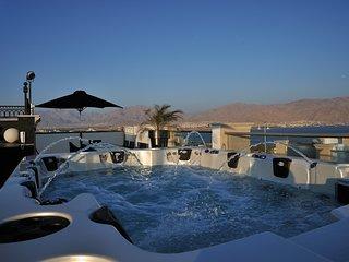 VILLA DIAMOND*****LOTUS 1ER ETAGE, BALCON, TERRASSE, Eilat