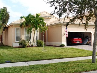 1/2 rooms to rent in gated property, Fort Pierce