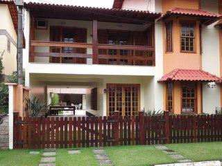 Casa de Praia em Garatucaia - Angra dos Reis, RJ - Condomínio com segurança