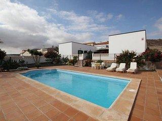 Private room for 2 in an amazing Villa Fuerteventura, La Oliva