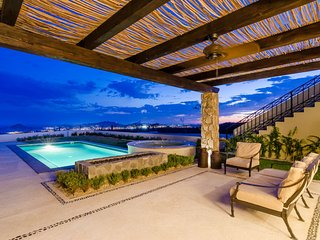 Private Luxury Home with Pool Surrounded with 5 Star Amenities., Cabo San Lucas