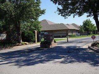 Awesome, Executive Gated Community, Oklahoma City