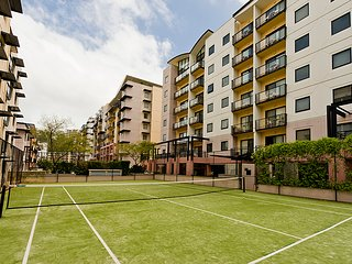 1-Bedroom Fully Self-Contained Aparment in Perth City