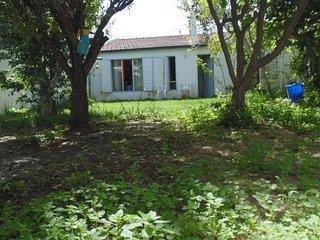 Alquiler de casa tres dormitorios en zona residencial de Puerto Madryn