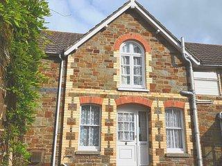 LAKEN Cottage in Westward Ho!, Northam