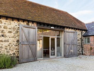 46483 Barn in Durdle Door, West Lulworth