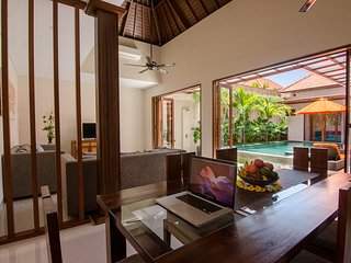 Villa Gardenia 2.  Luxurious & Spacious  2 bedroom Private Villa Retreat.