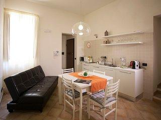 appartamento 2 camere - terrazza attrezzata - 100 metri dal mare, Trapani