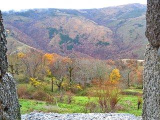 Gite de France 'LOU CHASAOU', tour d'une ferme fortifiee du XIII siecle