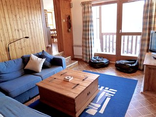 Light and spacious 4 bedroom apartment in the heart of Peisey Vallandry