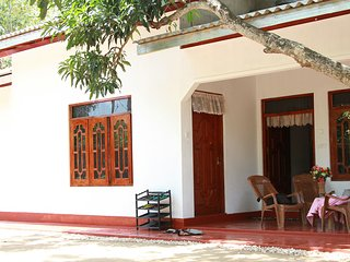 shehara homestay 5 minutes walk to the beach