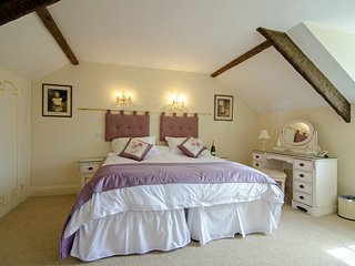 Aish Cross Holiday Cottages - The Coach House Family