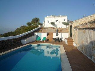 Casa tipica menorquina con piscina privada, WiFi gratis