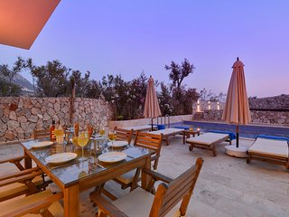 Elif Apartment Elmas - 3 Bedroom apartment with private pool