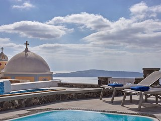 'Villa Dakoronia'.Amazing View with Private Pool.