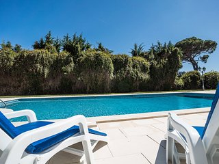 Charming villa in a large estate | Aroeira Villa, Sesimbra