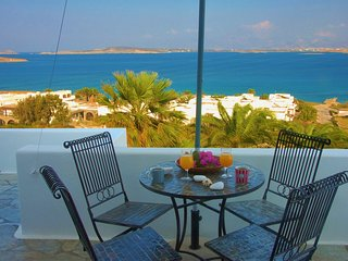 Paros ''Playera'' 1st floor sea-view bungalow, Naoussa