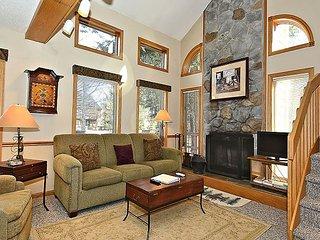 2 Bedroom- Quiet, Condo Hideout in the heart of Canaan Valley, WV