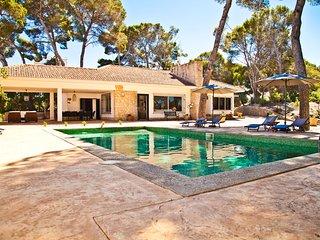 Fantastica villa de estilo mediterraneo en la playa del Arenal, Gran Piscina