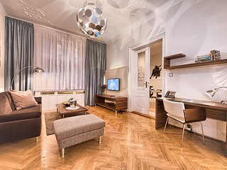 Jewish Town - Executive 1bdr | Brehova Residence