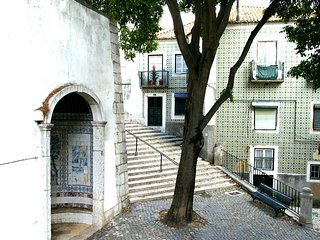 ESTEVAO II - Cozy for 2 in Alfama !, Lisboa