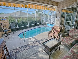 POOL - 1 mile from Lake Sumter Landing. Mallory Square. Sleeps 6. BBQ., The Villages