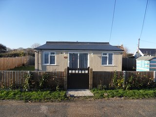Cosy beach bungalow with sea views, Hemsby
