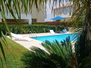 Med View Beach Villa, Pervolia