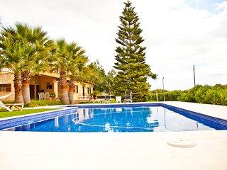 Magnifica Villa con Piscina, Sala de Juegos y Viñedos, Santa Eugenia