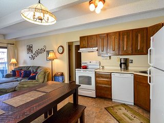 Ten Mile Creek 112 Condo Downtown Frisco Vacation Rental