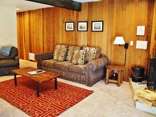 Spacious Sherwin Villas Retreat - Listing #297