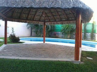 Casita with shared pool, 5 minutes car distance from the beach (3 bedroom), Ixtapa/Zihuatanejo