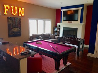 20 Minutes to TIMES SQUARE - HOME THEATER & GAME ROOM, Edgewater