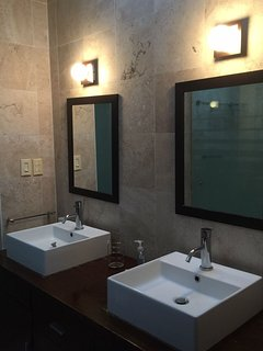 6-BR House Near WTC & Condesa 4 Up To 14 Guests